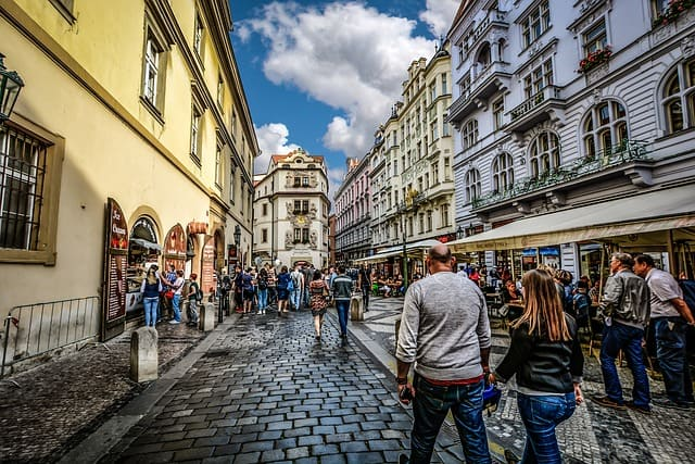 街を散歩する