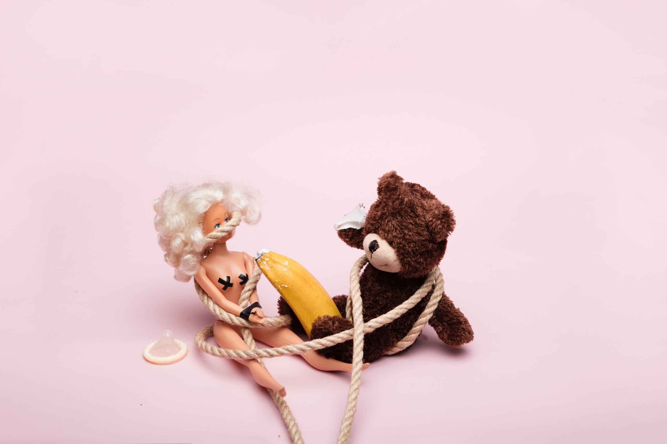 クマと人形の縛りプレイ